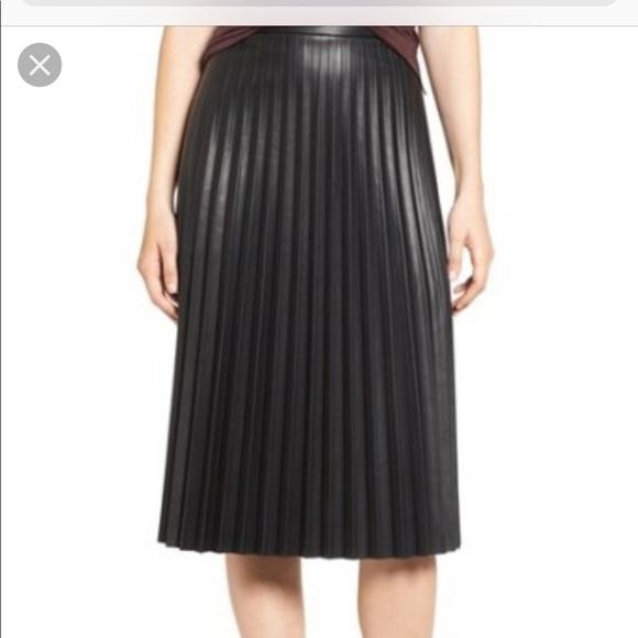 NWT Hannah Banana Faux Fur//Vegan Leather Skirt Set ~ Size 4 5 ~ $104